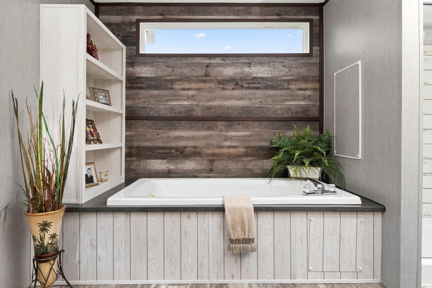 The Seaside I Bathroom