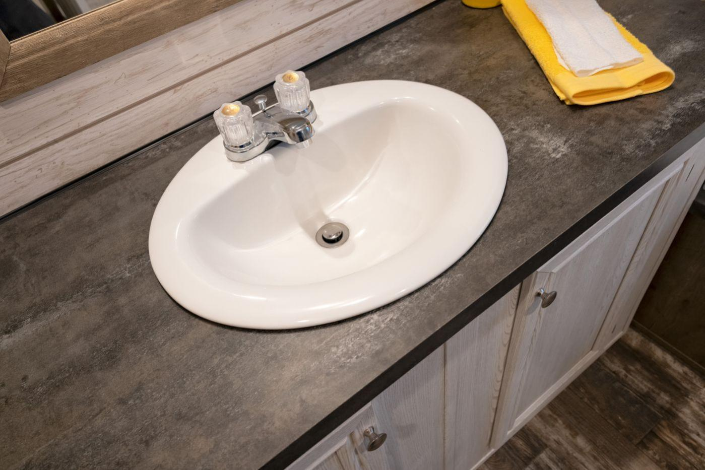 Edg16723a Bathroom