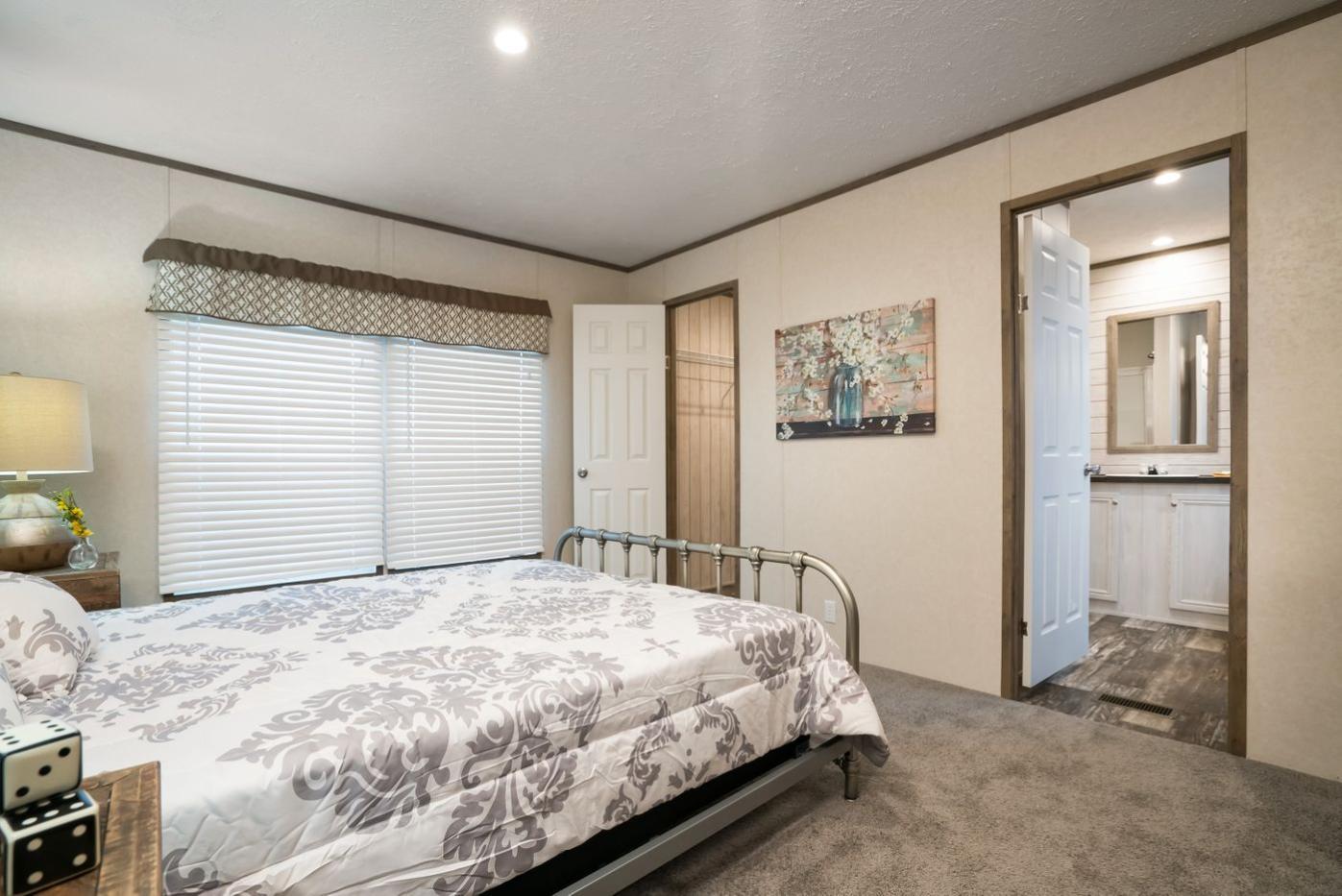 Edg16723a Bedroom