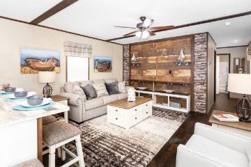 The Spacious Living Area of the EDG16723B Southern Homes Manufactured Home from Timberline Homes of Jasper, AL