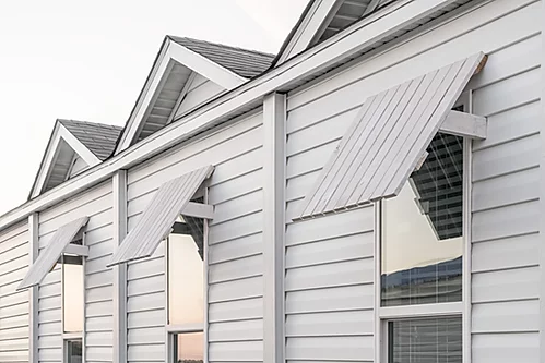 The exterior of the Scot Bilt Legend manufactured home from Affordable Homes of Crestview