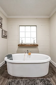 The bathtub of the Scot Bilt Freedom manufactured home from Affordable Homes of Crestview