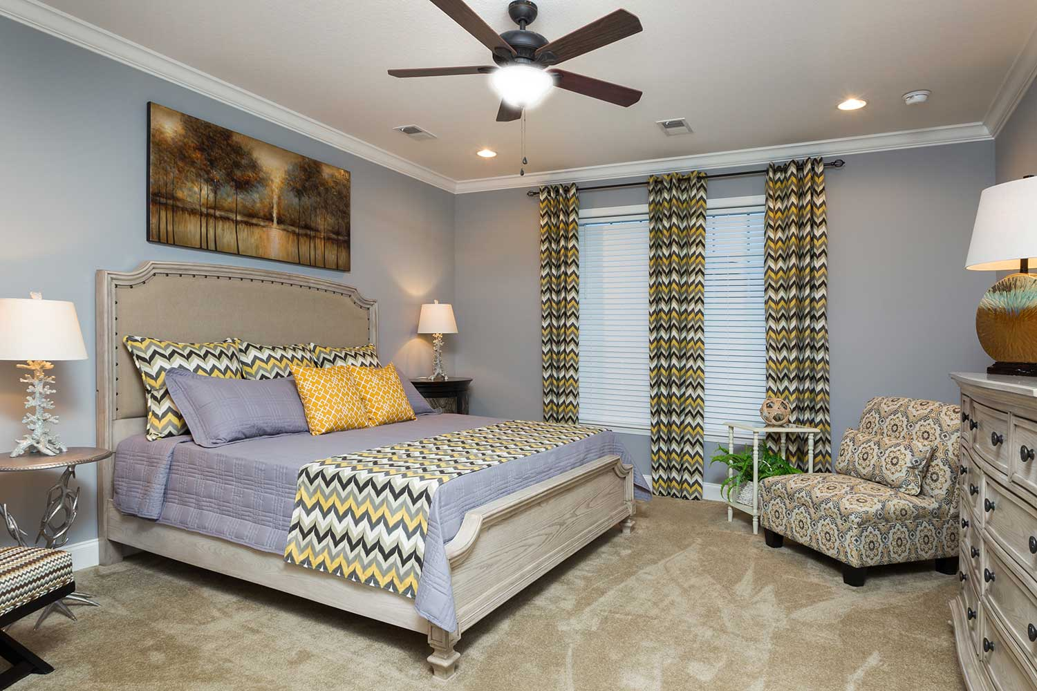 The bedroom of the Franklin Homes The Holly manufactured home from Affordable Homes of Crestview