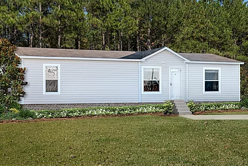 The exterior of the Scot Bilt Grand Slam manufactured home from Affordable Homes of Crestview