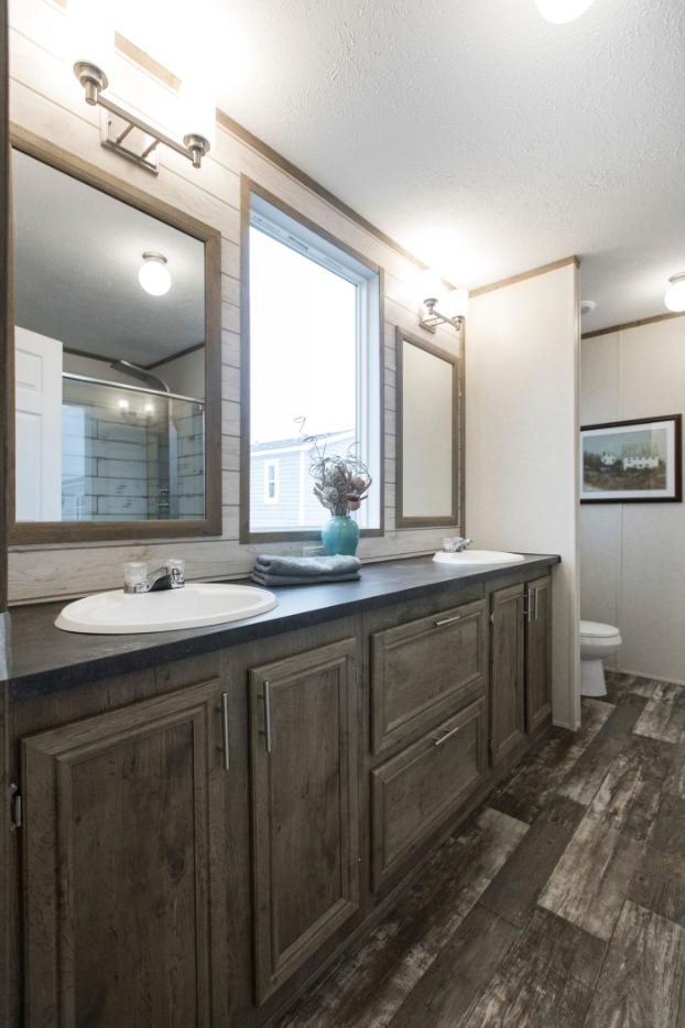 The Southern Farmhouse Bathroom